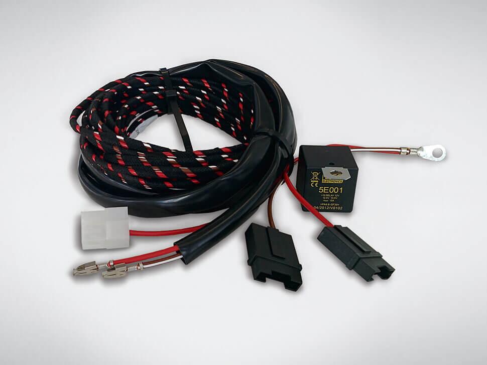 Extensão kit eléctrico +15/30 (Para caravanas)  (Sedan)